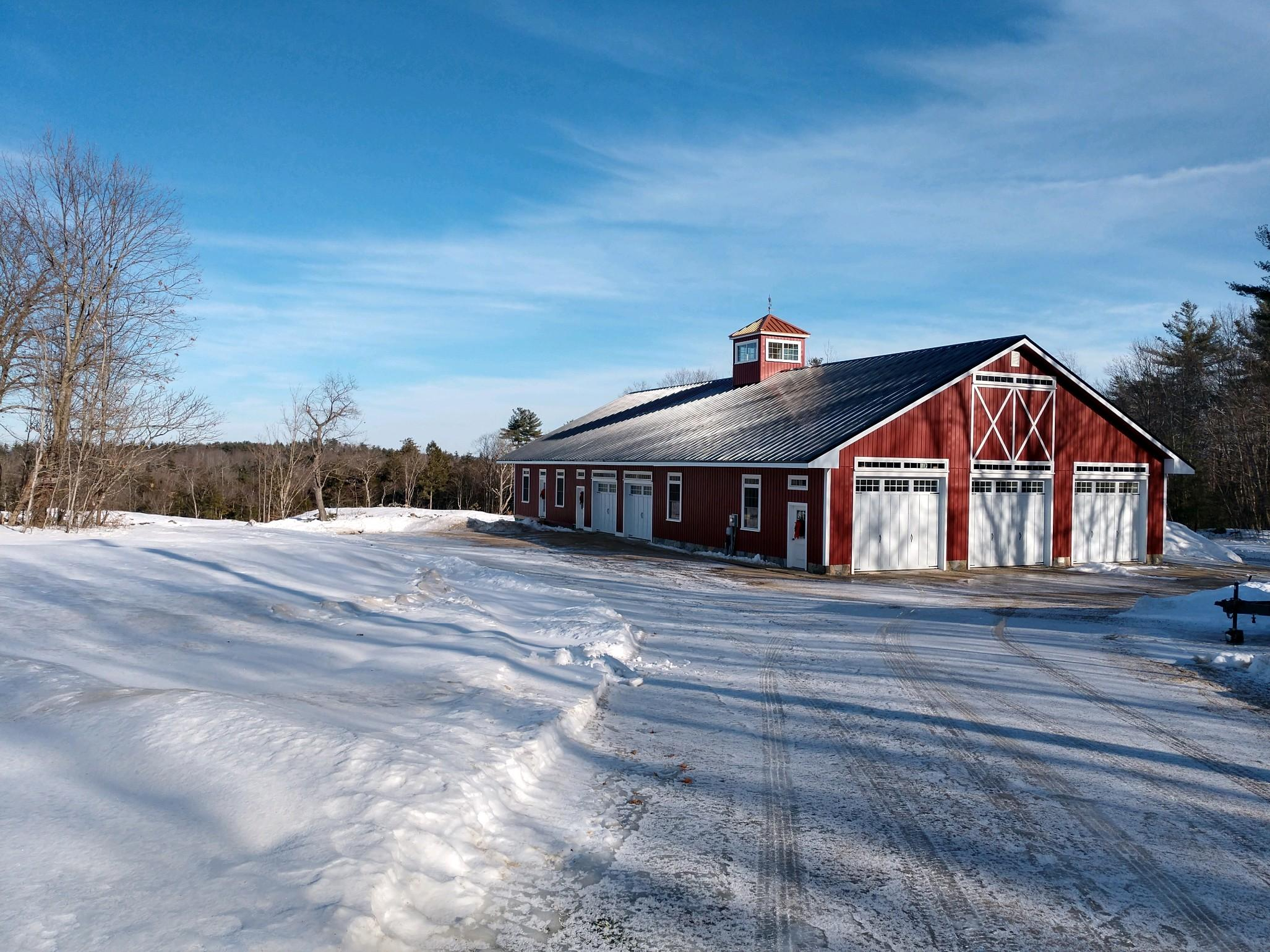 The barn in winter