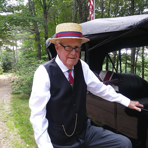 Alan Harding as Henry Ford.