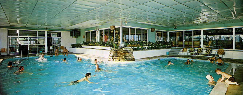 Shangri-La indoor pool