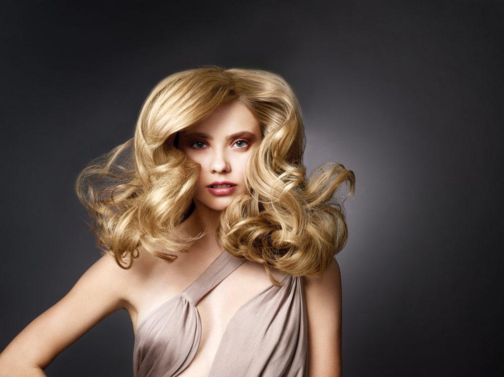 Salon_Sonik_Hair_Salon_Pasadena_ Blonde_Highlights_Blowout_Haircut.jpg