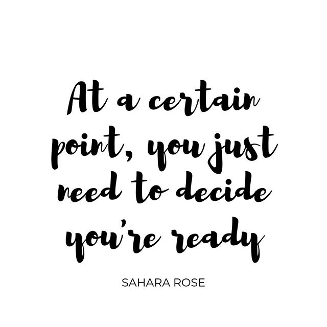 ARE YOU READY? // Let me know!⁠ ---⁠ This was one of my favourite quotes from last weekend's @nutritionschool Transform Health conference...so simple, but something we all need to hear sometimes.⁠ ---⁠ If you've been wanting to do something..start exercising, figure out your IBS triggers, try the low FODMAP diet process, change jobs, move somewhere new, finally get some help to sort that gut of yours out...but you're always putting it off because you're not ready...⁠ ---⁠ You could go on like that forever, or you could decide right now that you're ready!⁠ ---⁠ HAPPY FRIDAY 😀⁠ ---⁠ #happyfriday #thatfridayfeeling #ibs #ibsproblems #ibslife #fridaymotivation #motivatingquote #qotd #quoteoftheday #health #gethealthy #happyweekend #youreready #areyouready #imready #getready #starttoday #startnow #gutlove #healyourgut #lowfodmap #lowfodmapdiet #fodmapdiet #fodmaps #ibsfriendly #ibssucks #bloatingsucks #alwaysbloated #bloatingproblems