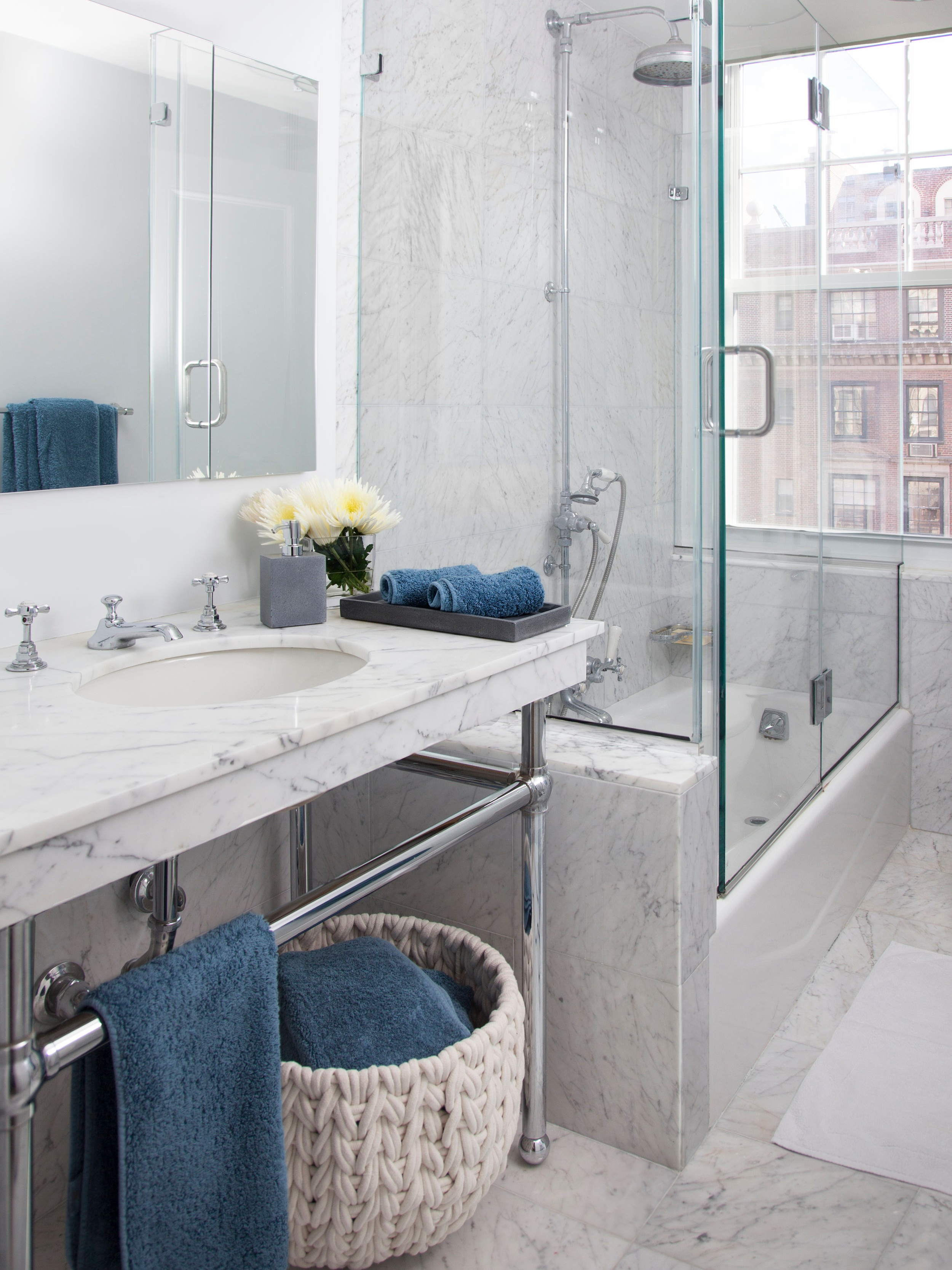 ArditiDesign_SuttonPlace_Bathroom.jpg