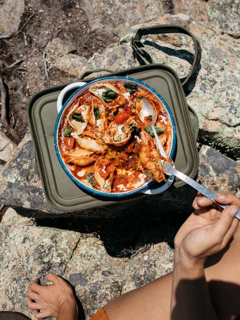 708dac8bb1e74aef70942a7175b02f1d771d5a16_recipe-food-basil-ricotta-pasta-shells-final-complete-ocean.jpg