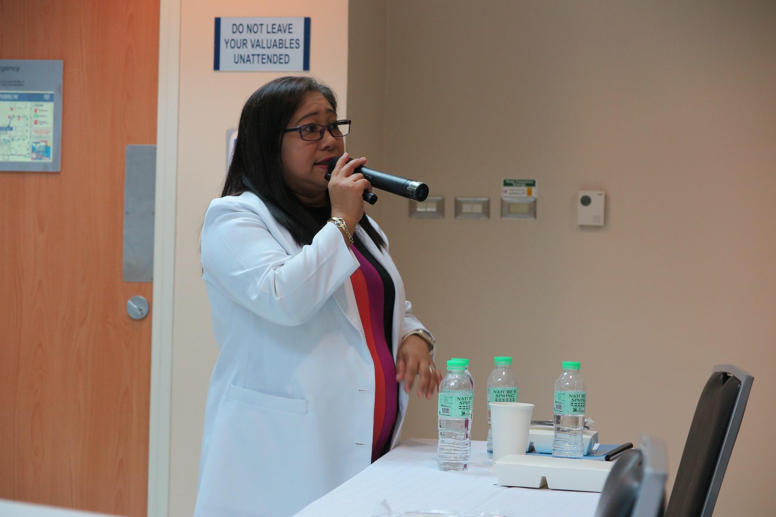 Lecturer: Dr. Agnes Bausa