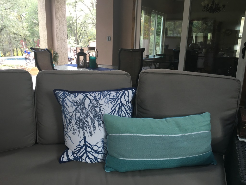 Sofa (1).jpeg