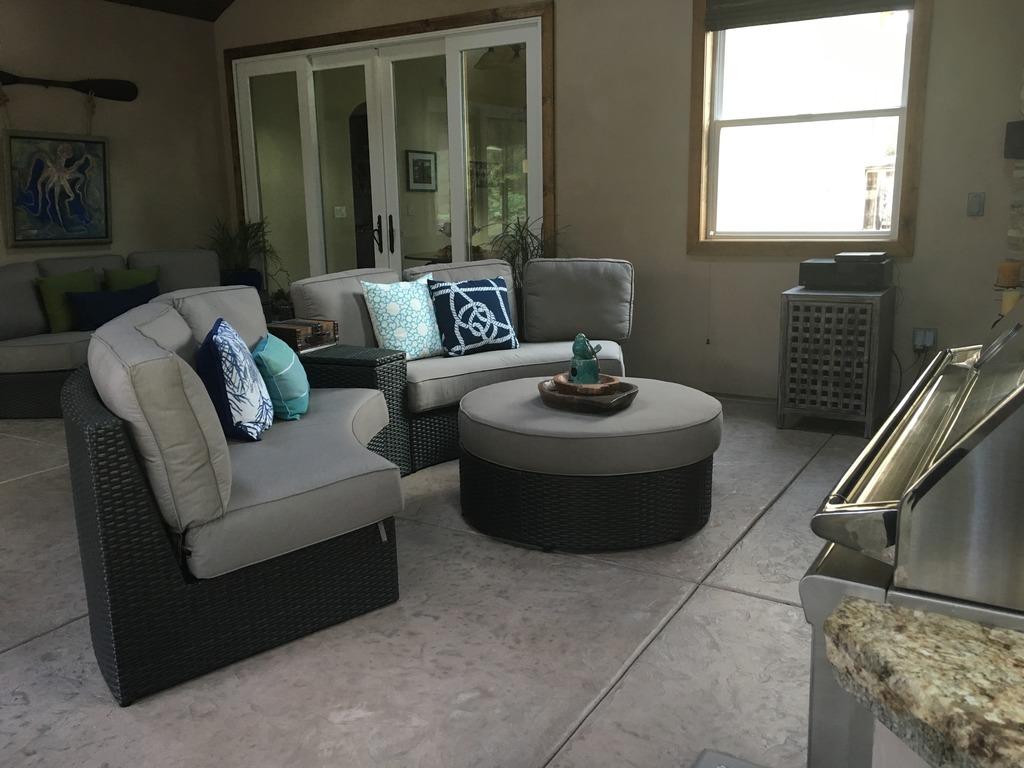 Sofa 4.jpeg