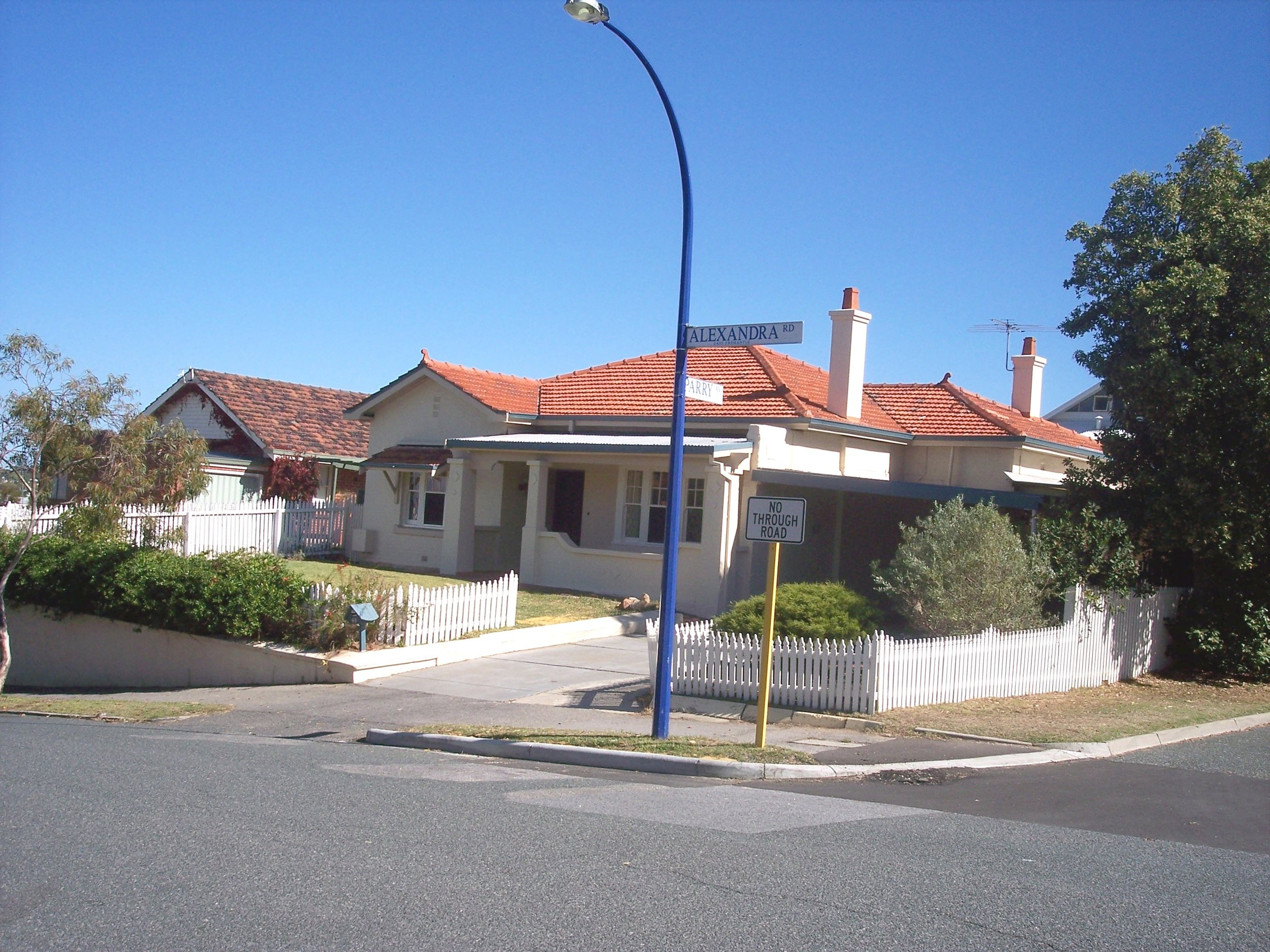 27-4-06 View WSW 49 Alexandra Road.jpg