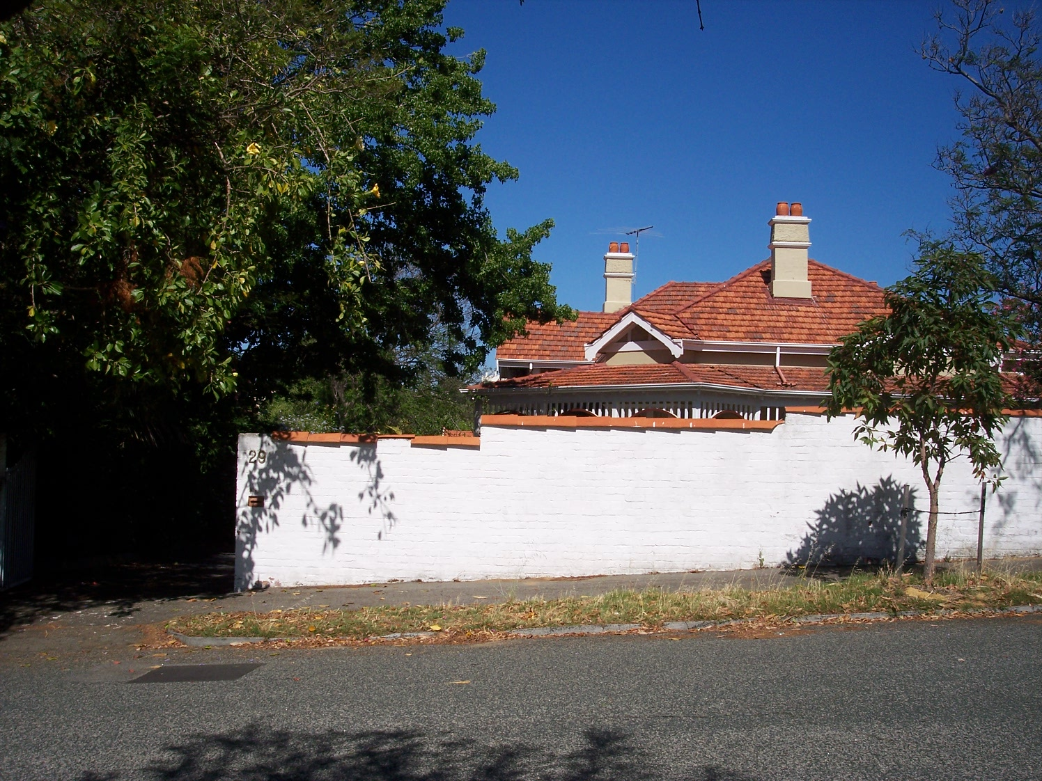 13-12-06 View W 29 Alexandra Road.jpg