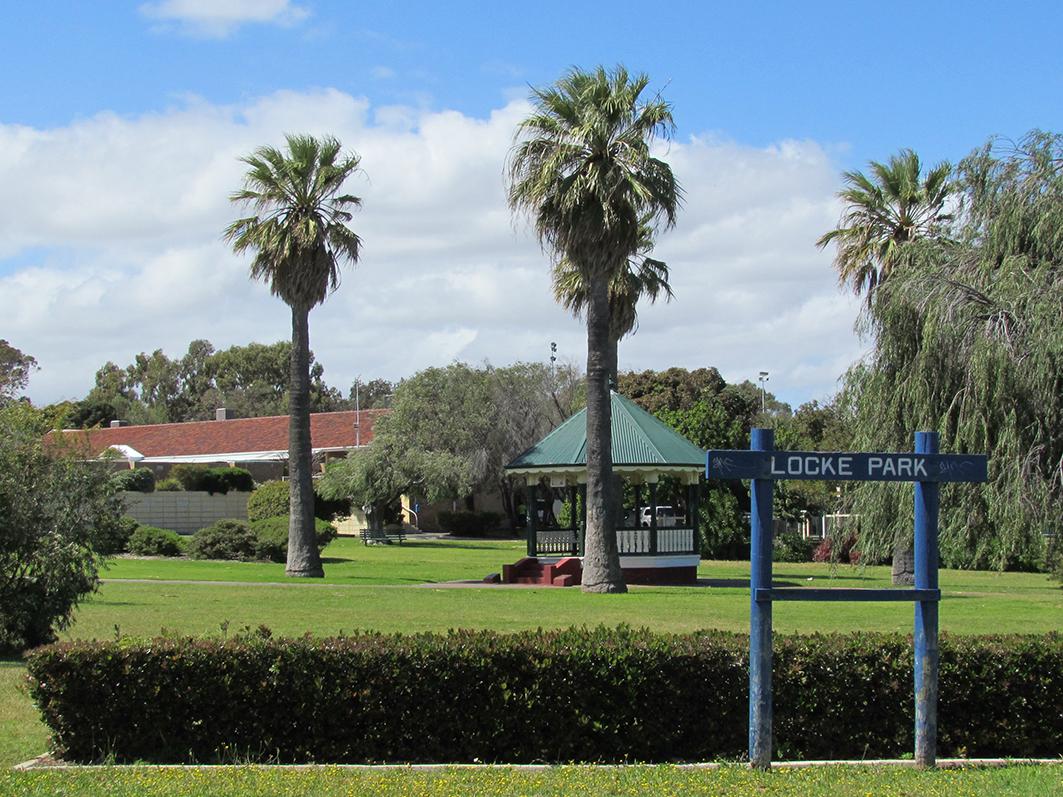 Rotunda & Locke Park.jpg