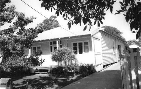 52 Irwin Street
