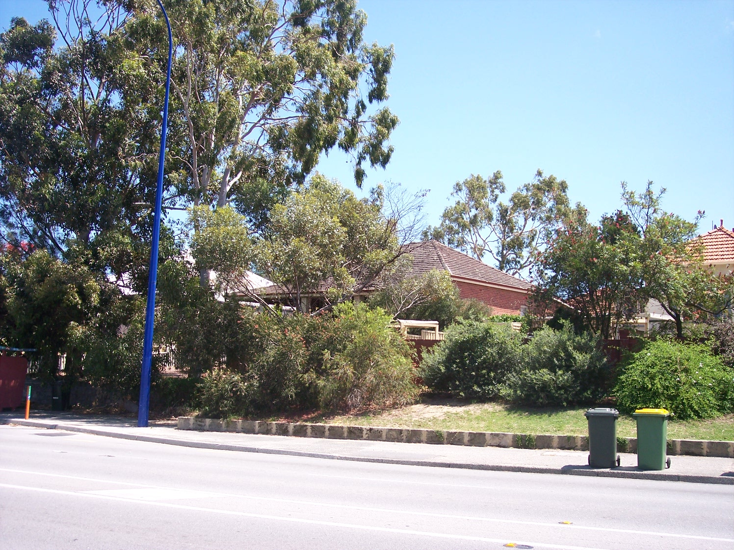 31-10-06 View NW 240 Canning Highway.jpg