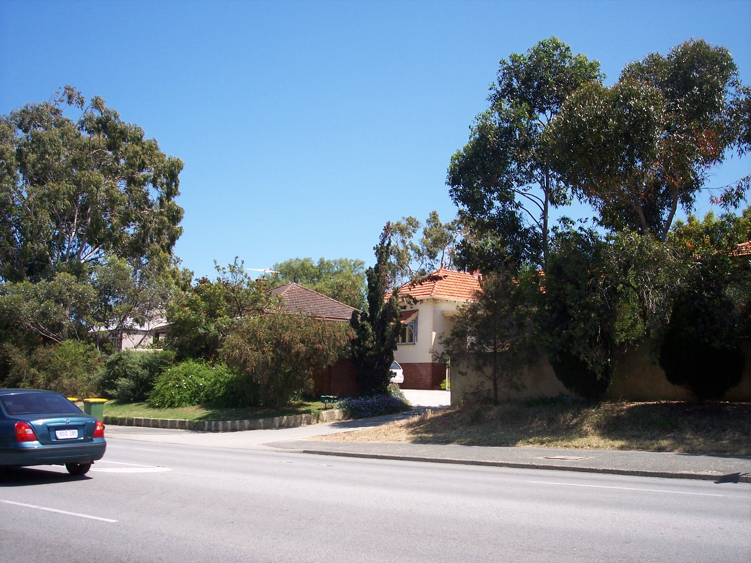31-10-06 View NW 242A Canning Highway.jpg