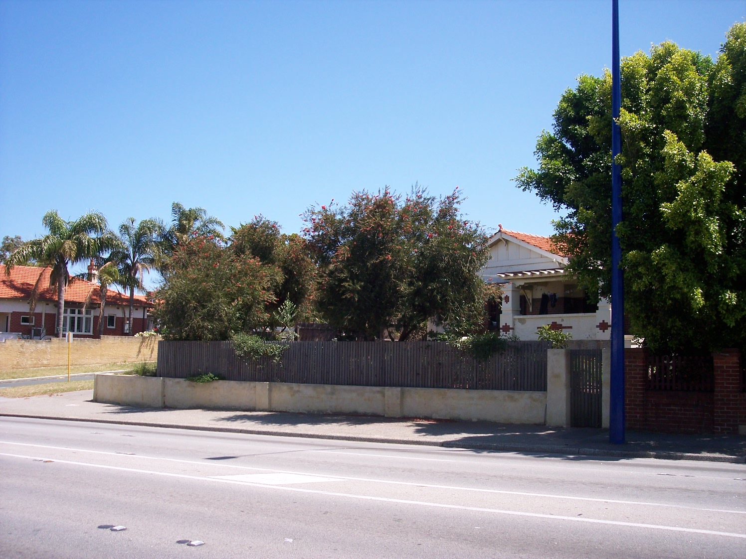 31-10-06 View NW 250 Canning Highway.jpg