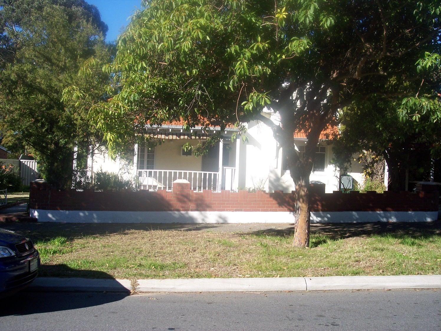 18-7-06 View E 64 Dalgety Street.jpg