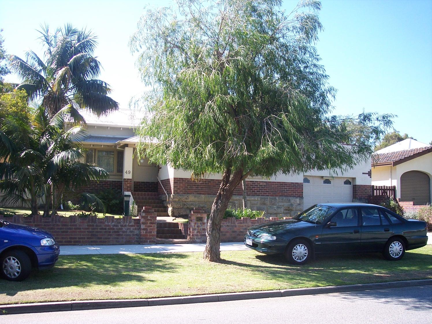15-9-06 View NNE 49 Fraser Street.jpg