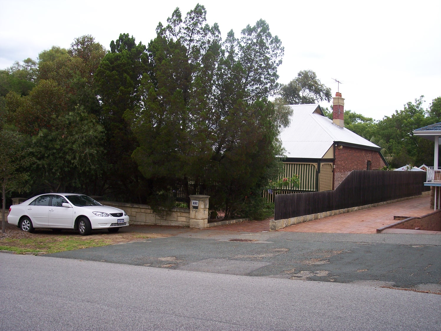 4-1-07 View WSW 33 Fortescue Street.jpg