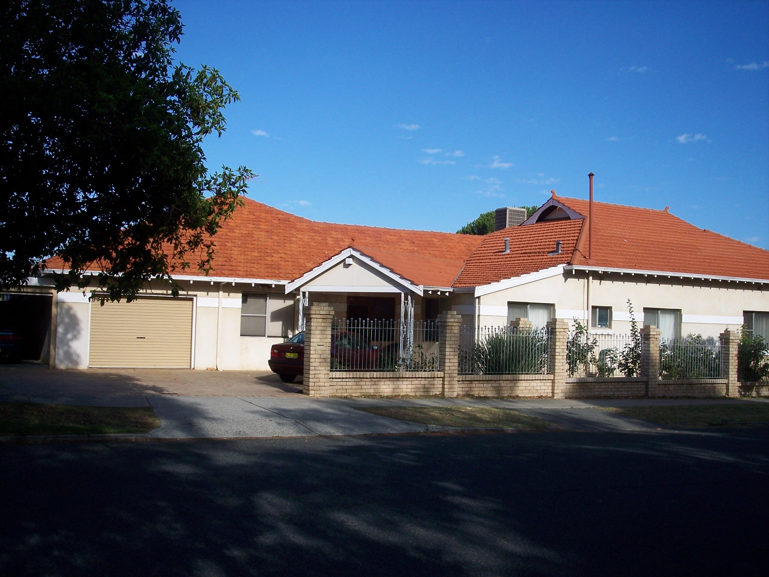 25-1-07 View W 183 Canning Highway.jpg