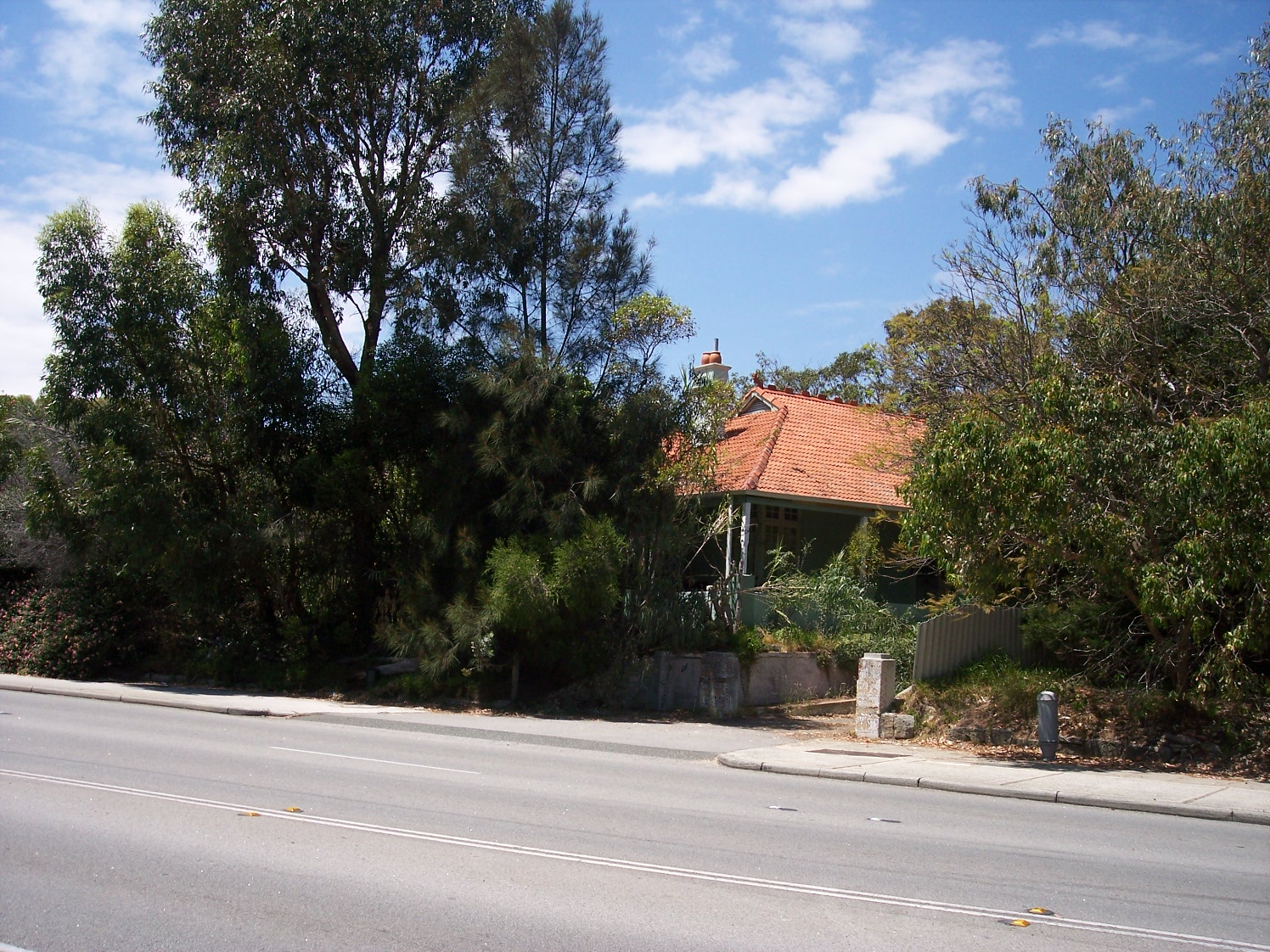 31-10-06 View SE 211 Canning Highway.jpg