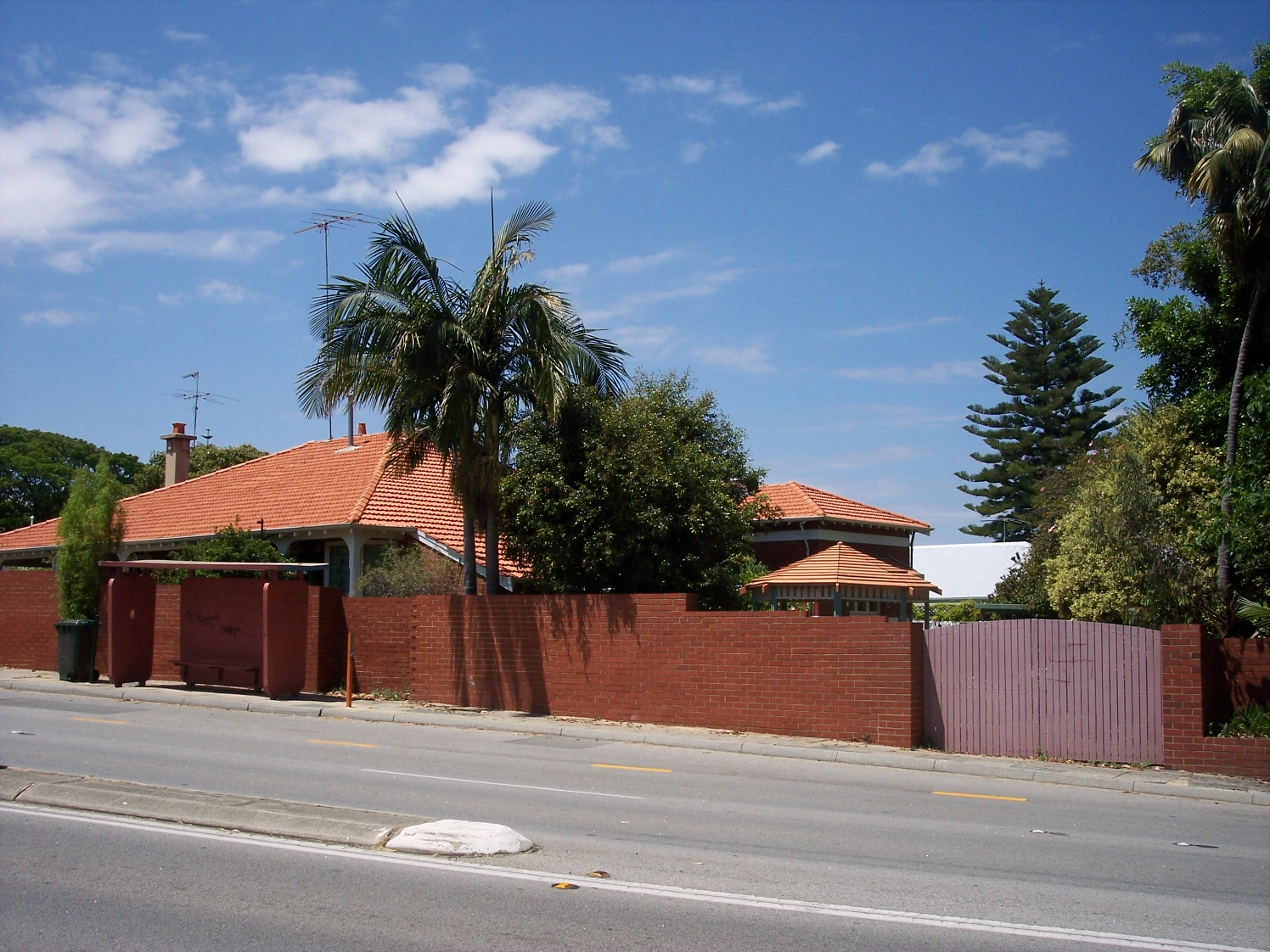 31-10-06 View SE 205 Canning Highway.jpg