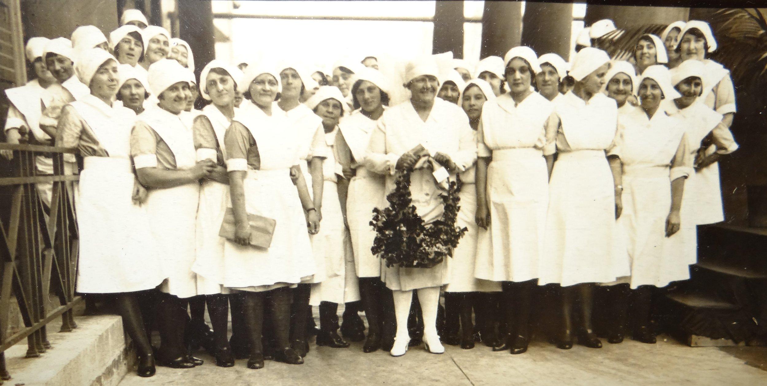 Matron Leggate and nurses Woodside
