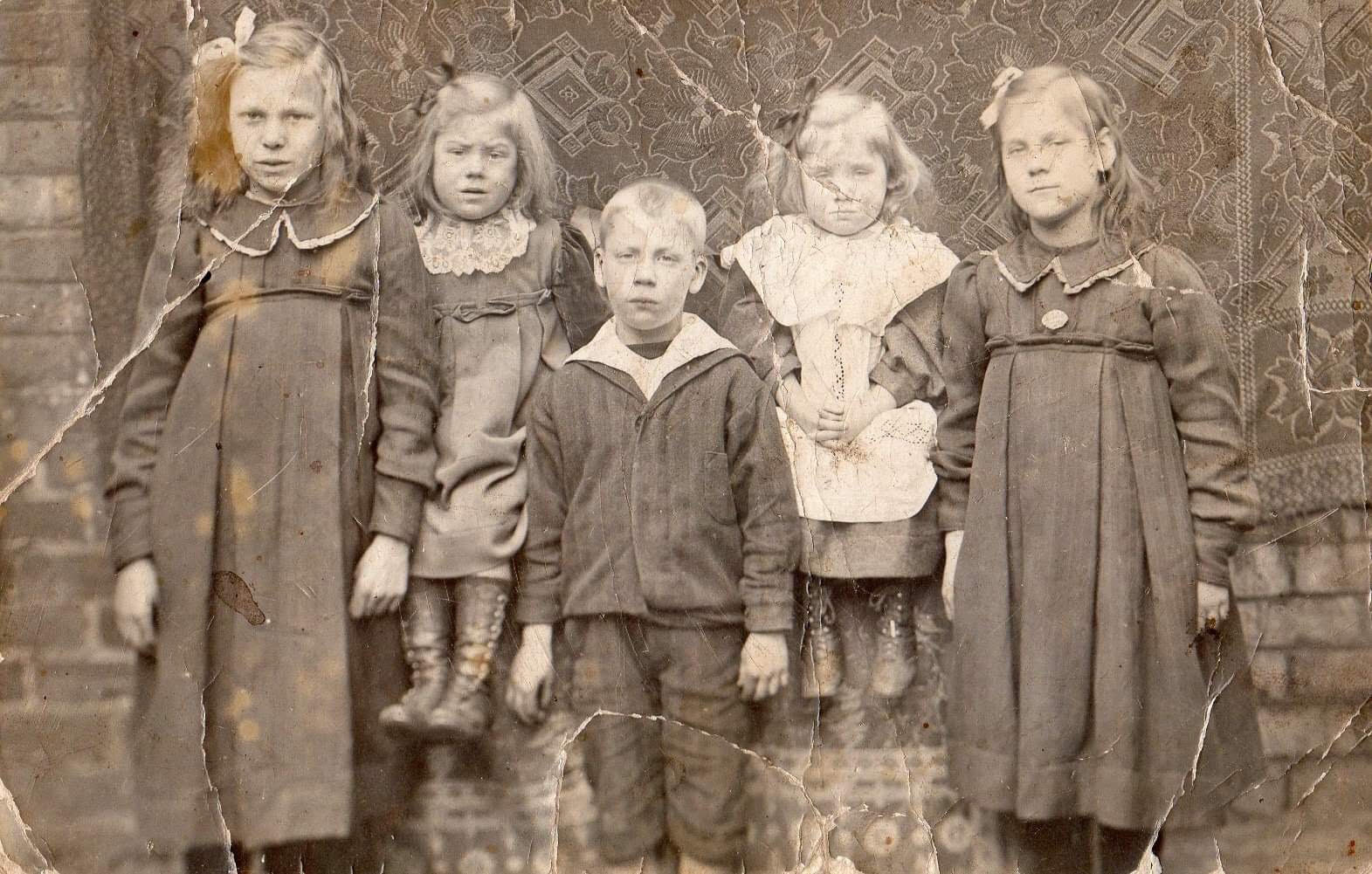 Irene Ferrier second from right, Silas St