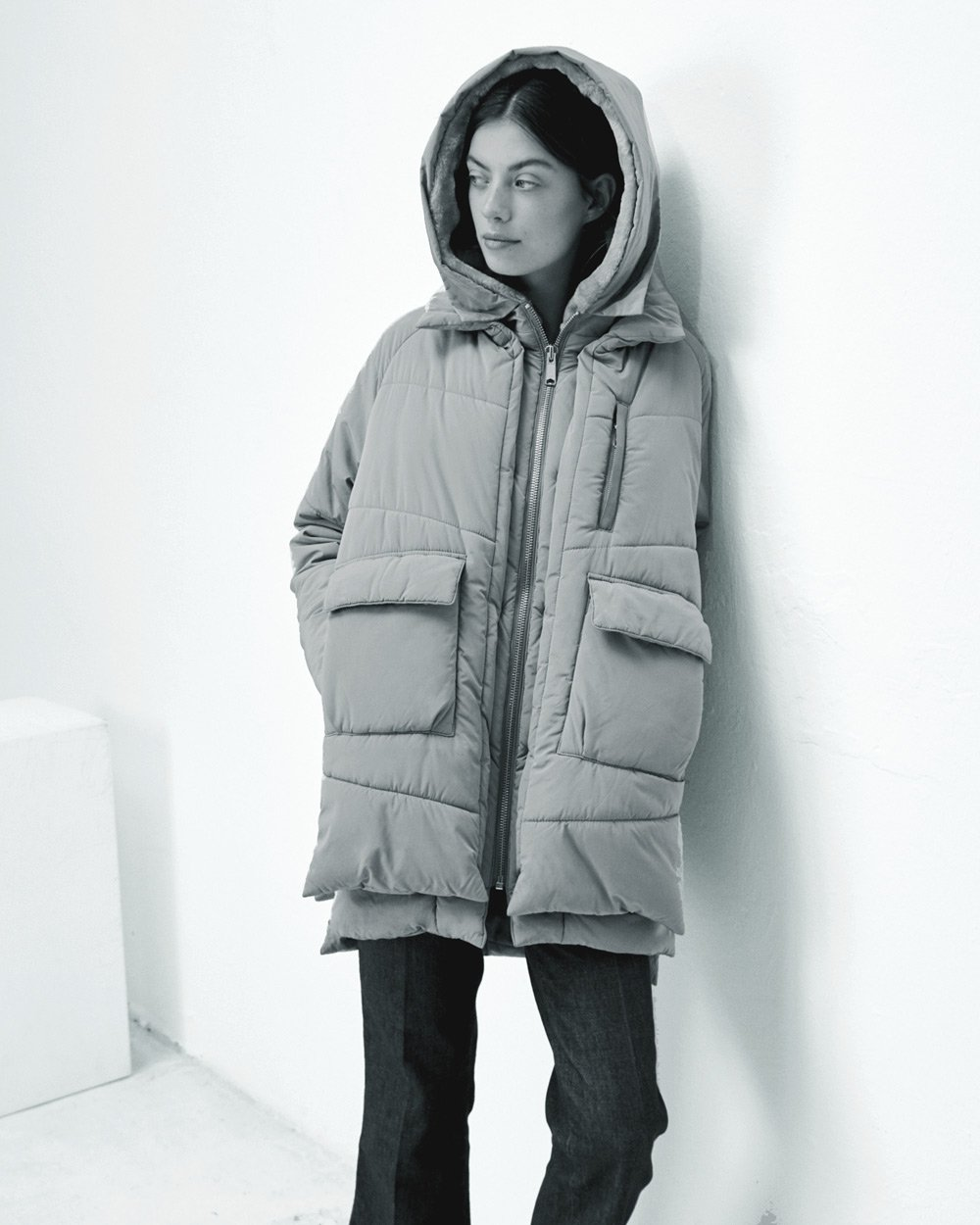 Lyndon_down_jacket_pale_olive-embassy-of-bricks-and-logs-eco-fair-vegan-12.jpg