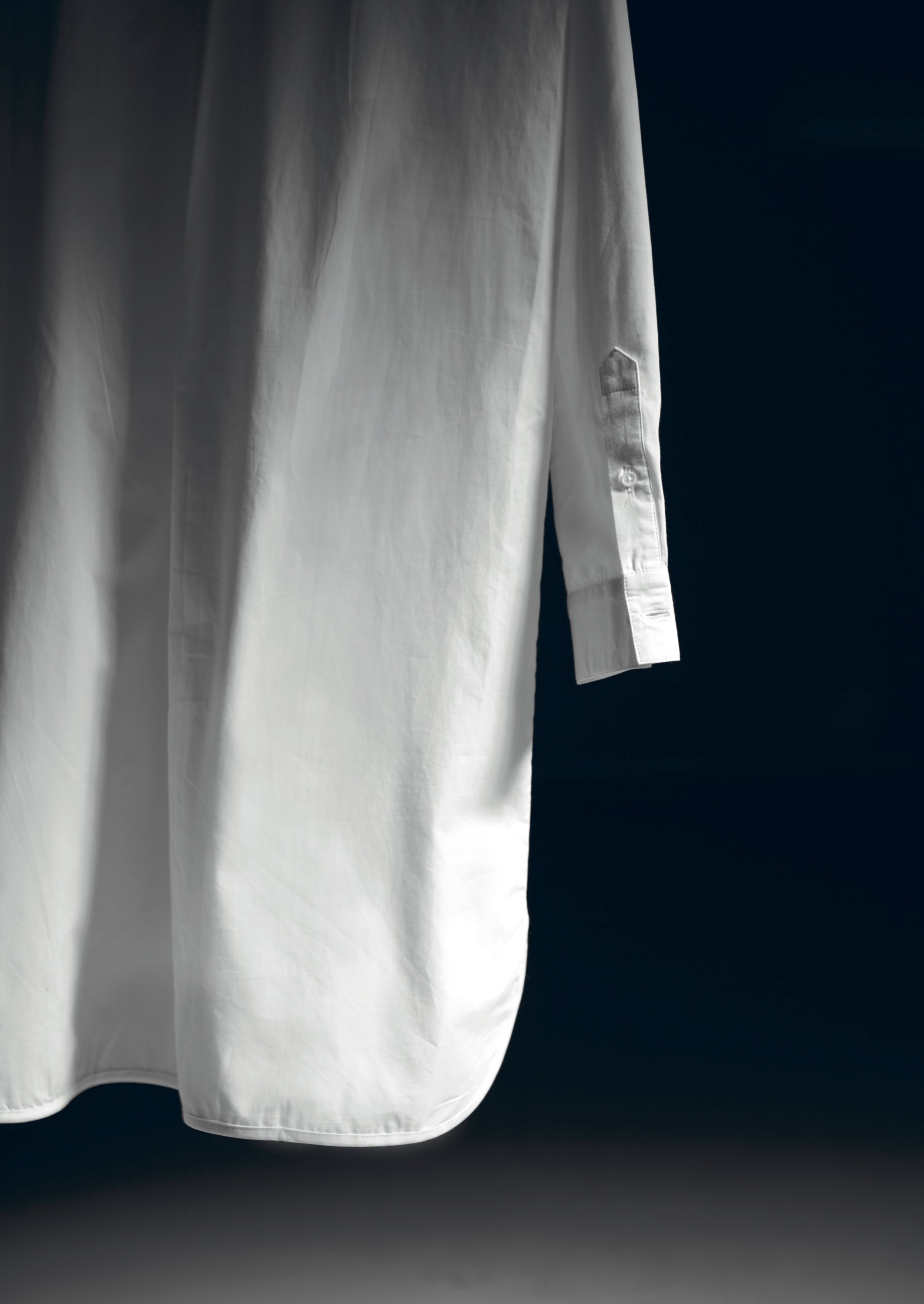 tfs-charliemary-ss16-white-blouse_26468826733_o.jpg