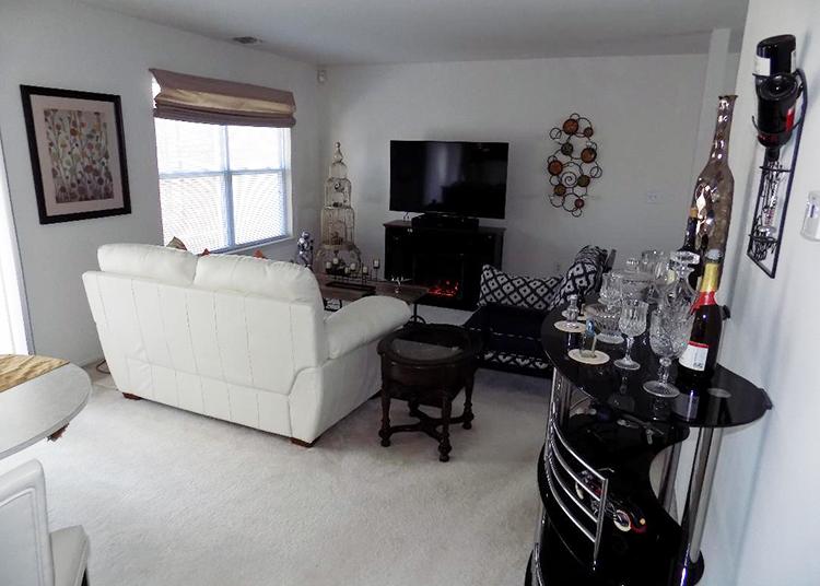 one bedroom  C.jpg