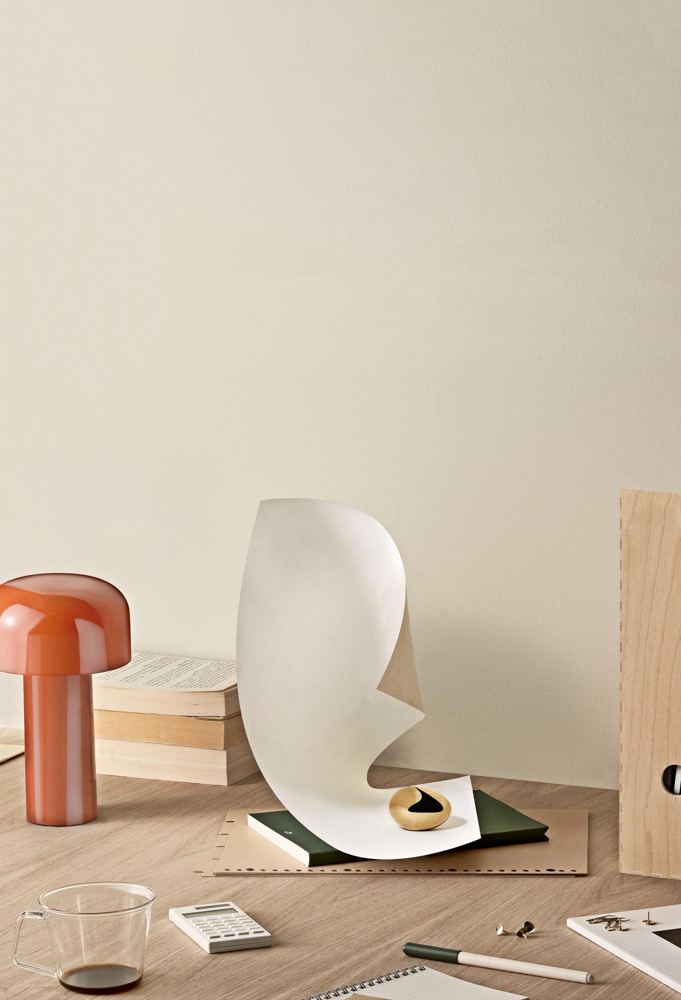 Desk-5.jpg