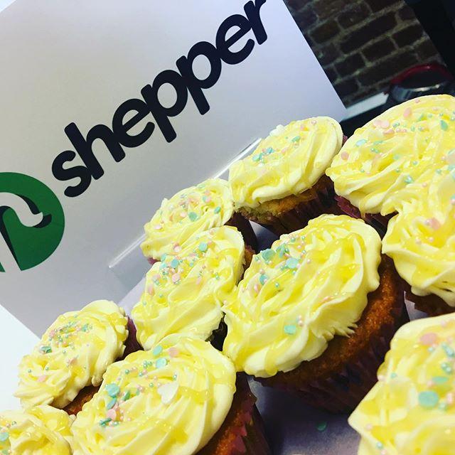 Cupcake Fridays courtesy of our Corporate Development Manager Tora @brookstora baker extraordinaire!! 🧁🧁🧁#shepper #cupcakes #cupcakefriday #startup #startuplife #ukstartups #scaleup #proptech #insurtech #london #sweettreats #leathermarket #borough