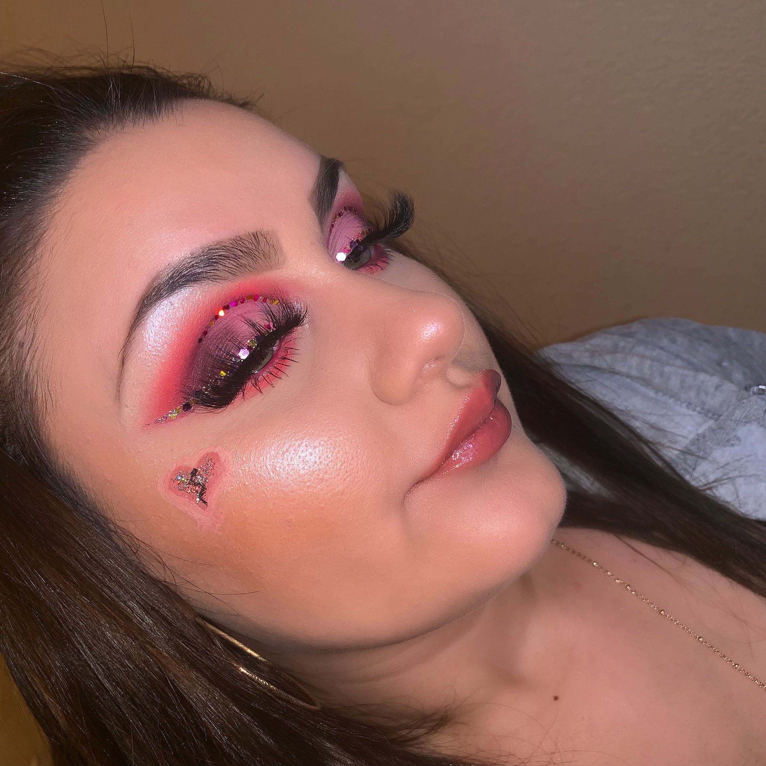 """@glambycece_18 - Discount Code:""""cece""""Hey! My names Cierra but everyone calls me CECE ! I've always been into makeup, but I recently started my IG with all my looks almost a year ago. All my family and friends would always tell me to make an IG so they could check out my work. So I finally did it and I'm blessed with the opportunity's I've gotten from starting! I can't wait to see what else is in store for me and Being apart of Midas team! I couldn't be happier ❤️-Cece"""