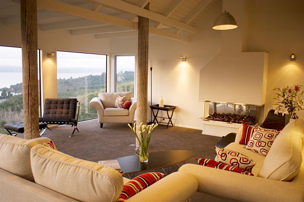 NewZealand-AcaciaCliffsLodge-guest-lounge.jpg