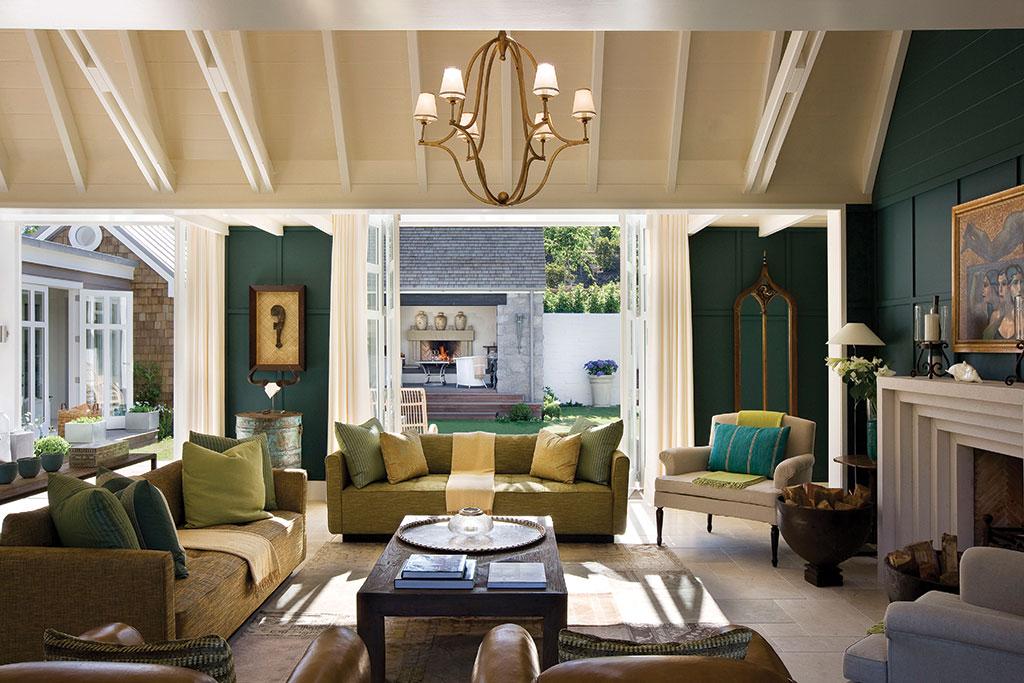 NewZealand-LuxuryGreenSitting-RoomDetail.jpg
