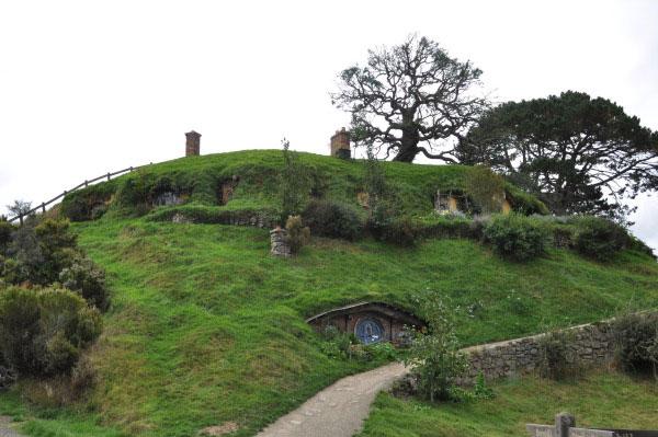 NewZealand-HobbitHouseBagsEnd.jpg