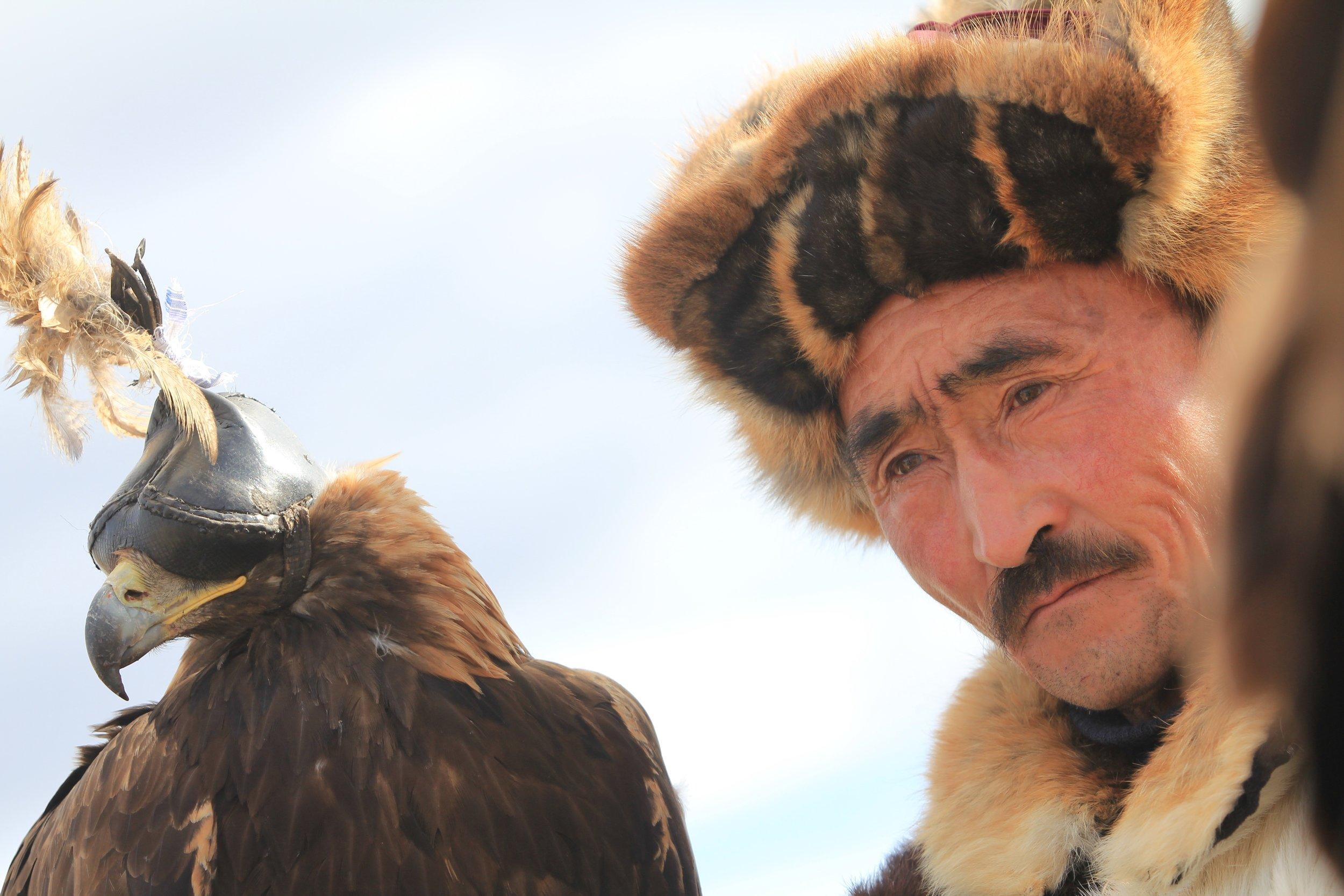 Kazakh-Golden-Eagle.jpg