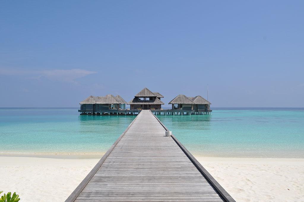 Maldives-HuvafenFushi-JettyBeachSeaView.jpg