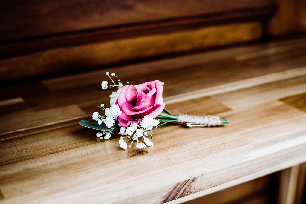 Boutonniere with Rose and Baby's Breath