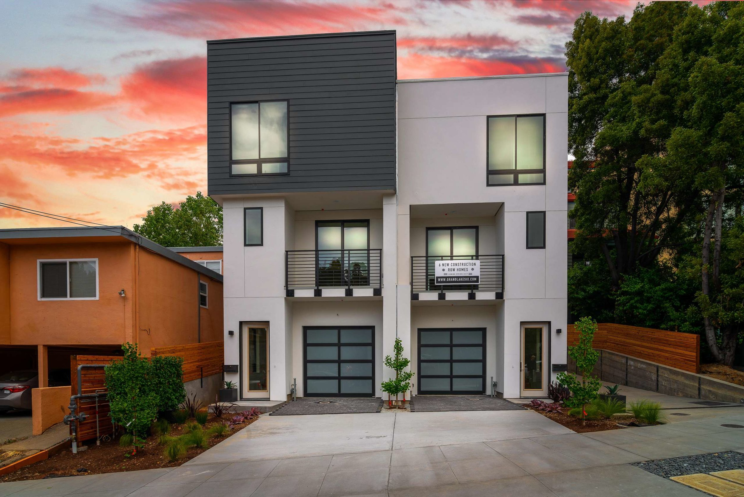 6 BRAND NEW CONTEMPORARY ROW HOMES IN GRAND LAKE