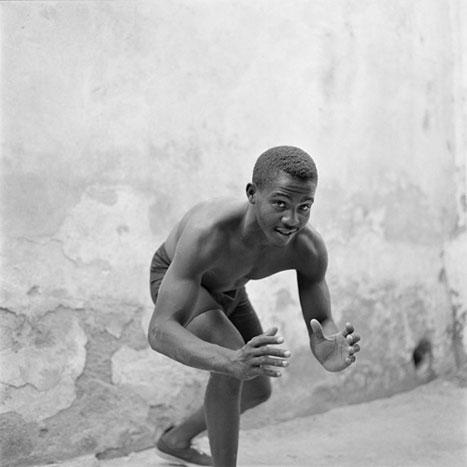 STRUGGLE FOR LIFE, CUBA, 2001  SILVER GELATIN