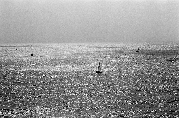SAILBOATS, FACING THE ENGLISH CHANNEL, DARTMOUTH, DEVEN UK, 2014 ARCHIVAL PIGMENT PRINT