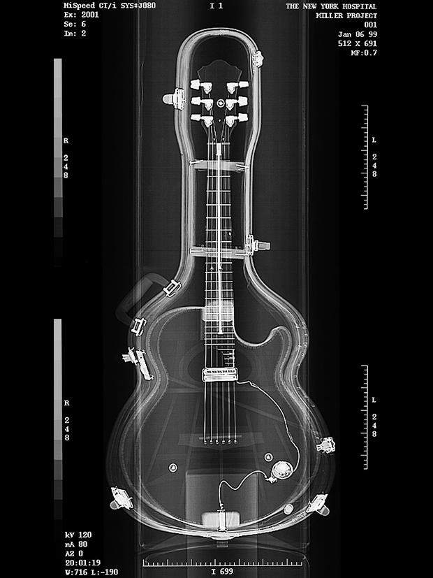 GUITAR, 2016  X-RAY ON DIGITAL UV PIGMENT ON ALUMINUM