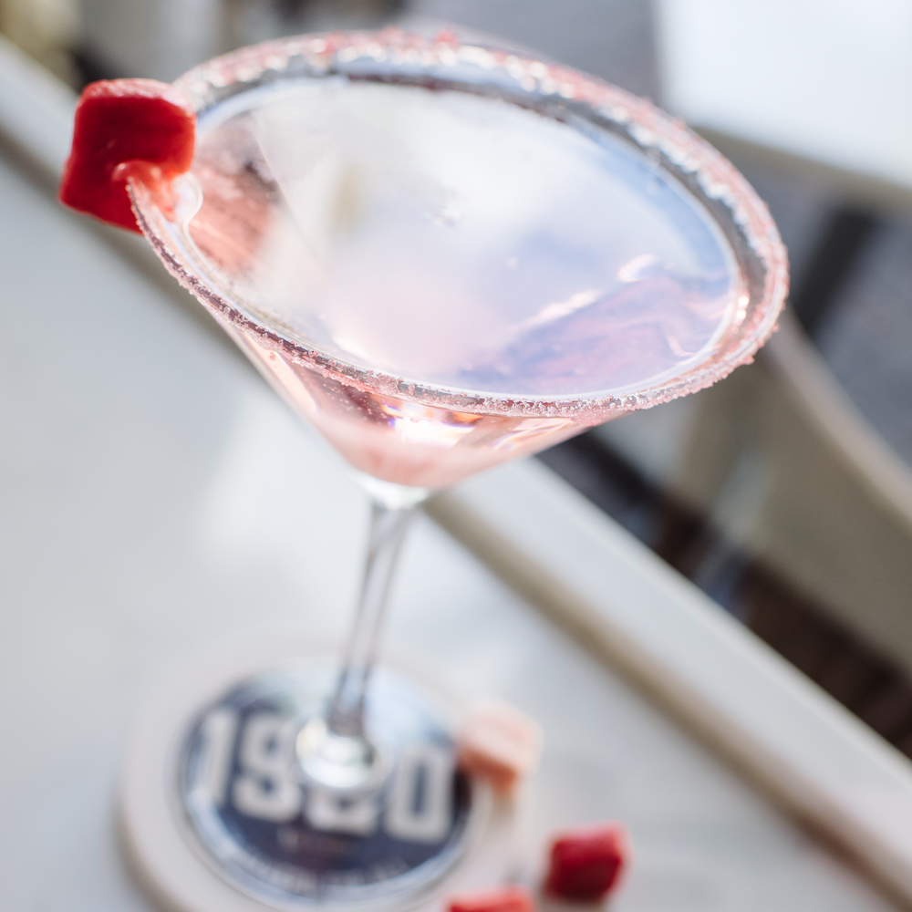 Summer+Sippin_1920+Tavern+--+Pink+Starburst+.png