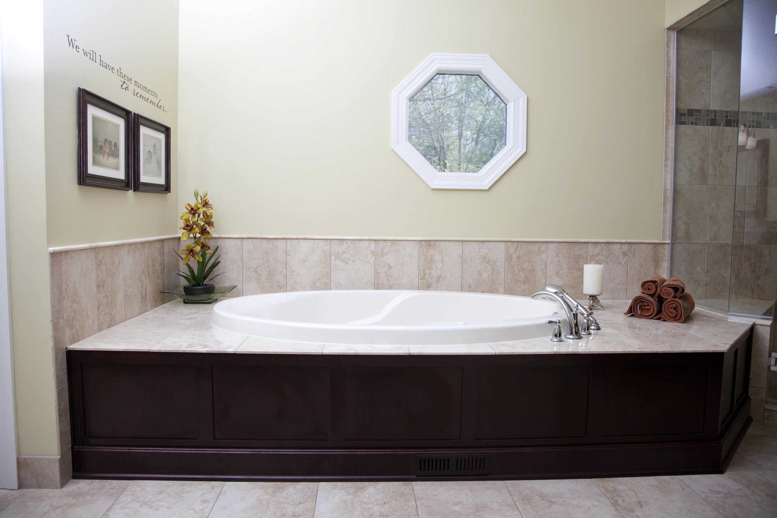 profile tub.jpg