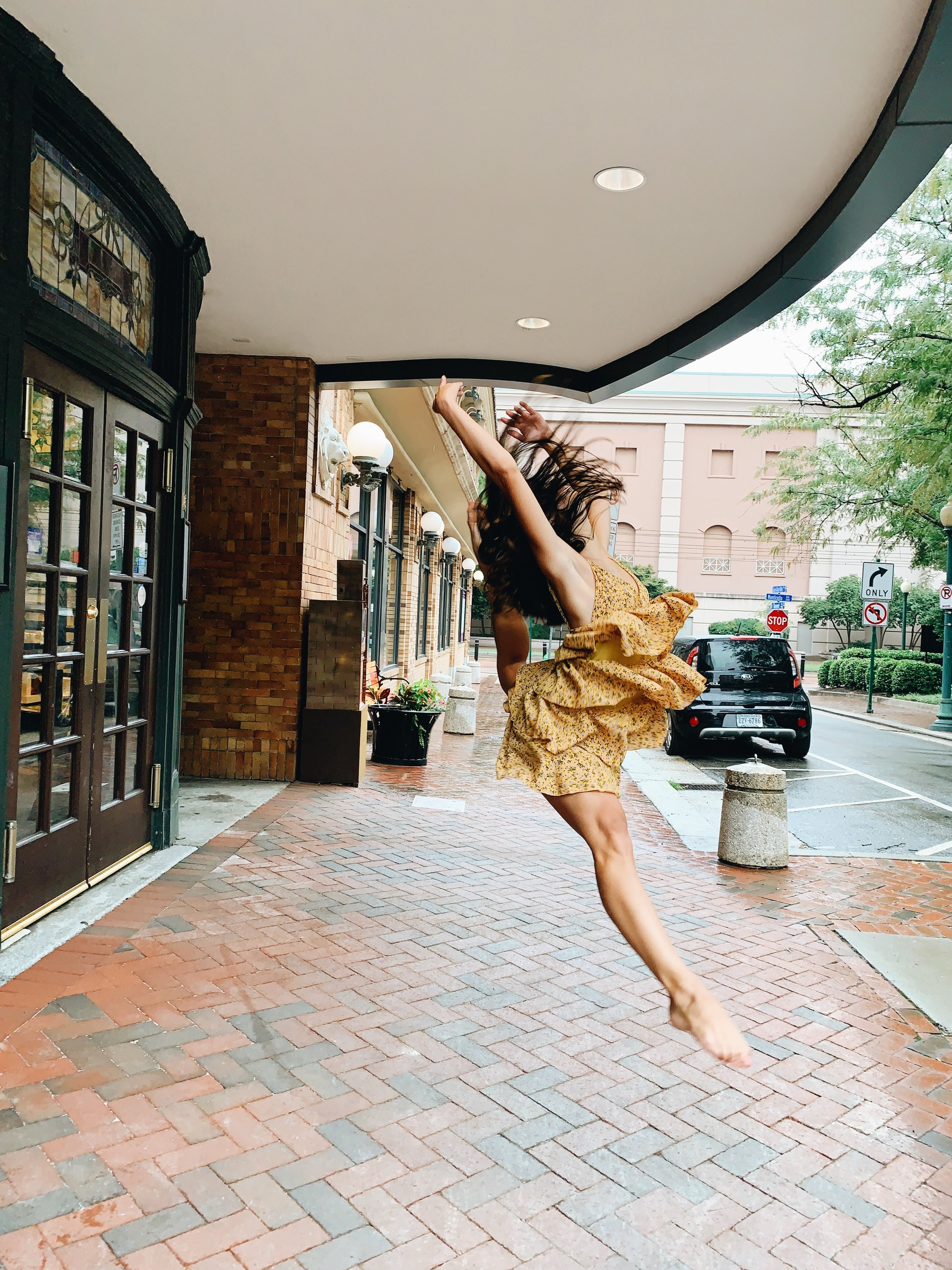 alex dance website.JPG
