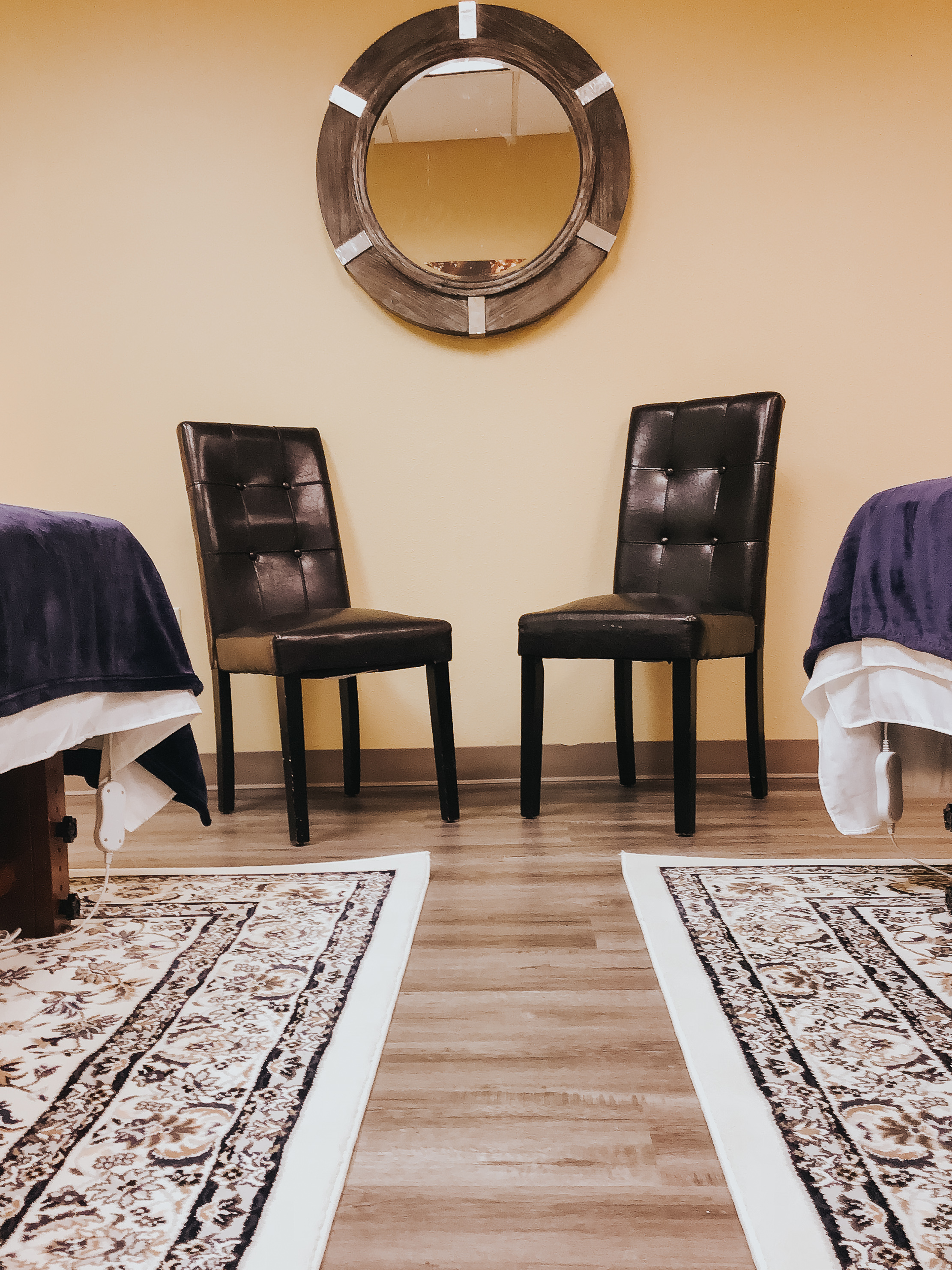 Atom-Massage-Treatment-Room.jpg