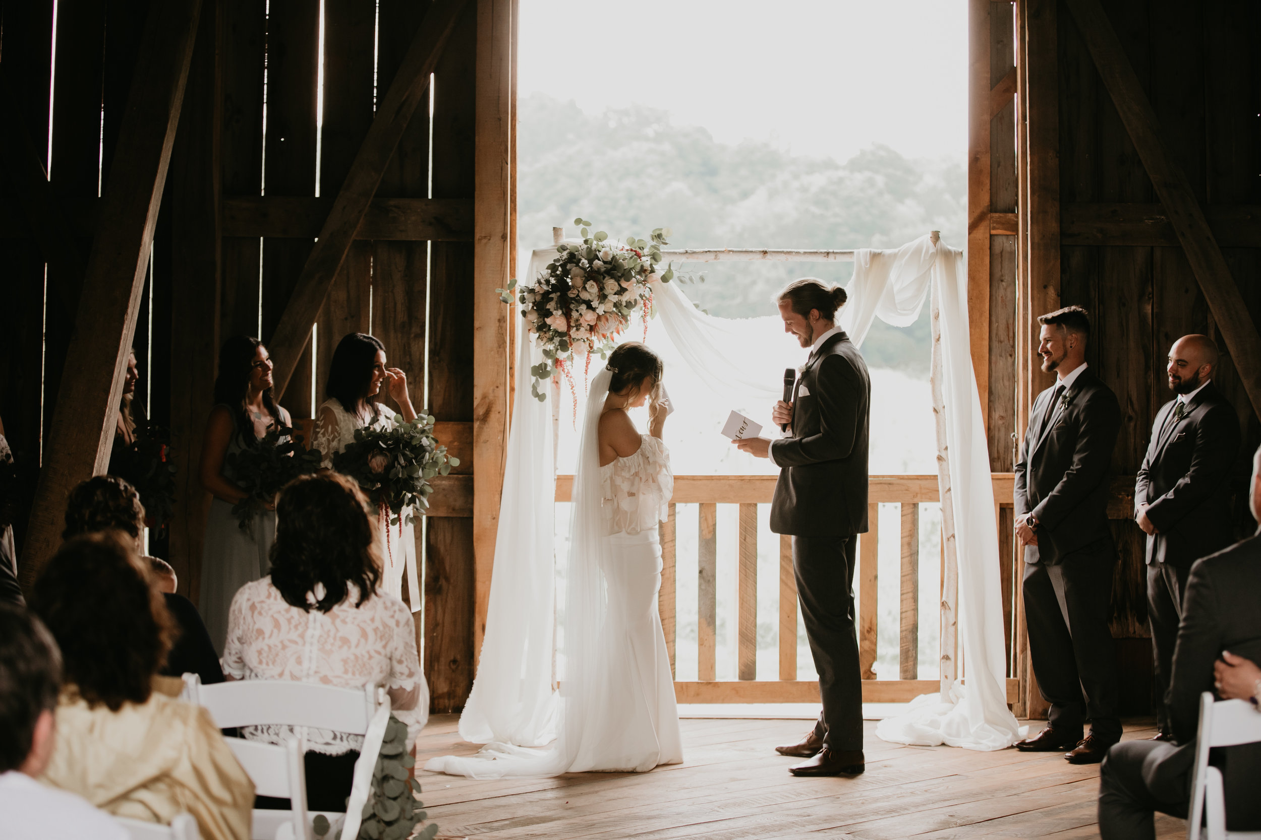 BOHO WEDDING AT BIRH HILL BARN WISCONSIN
