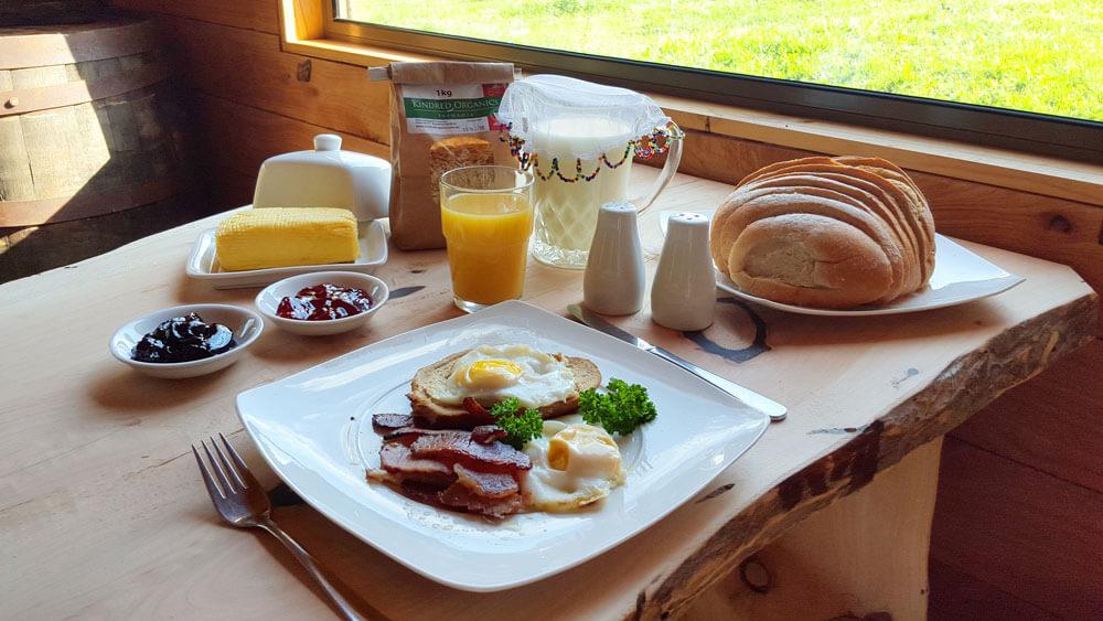 rustic bush hut breakfast