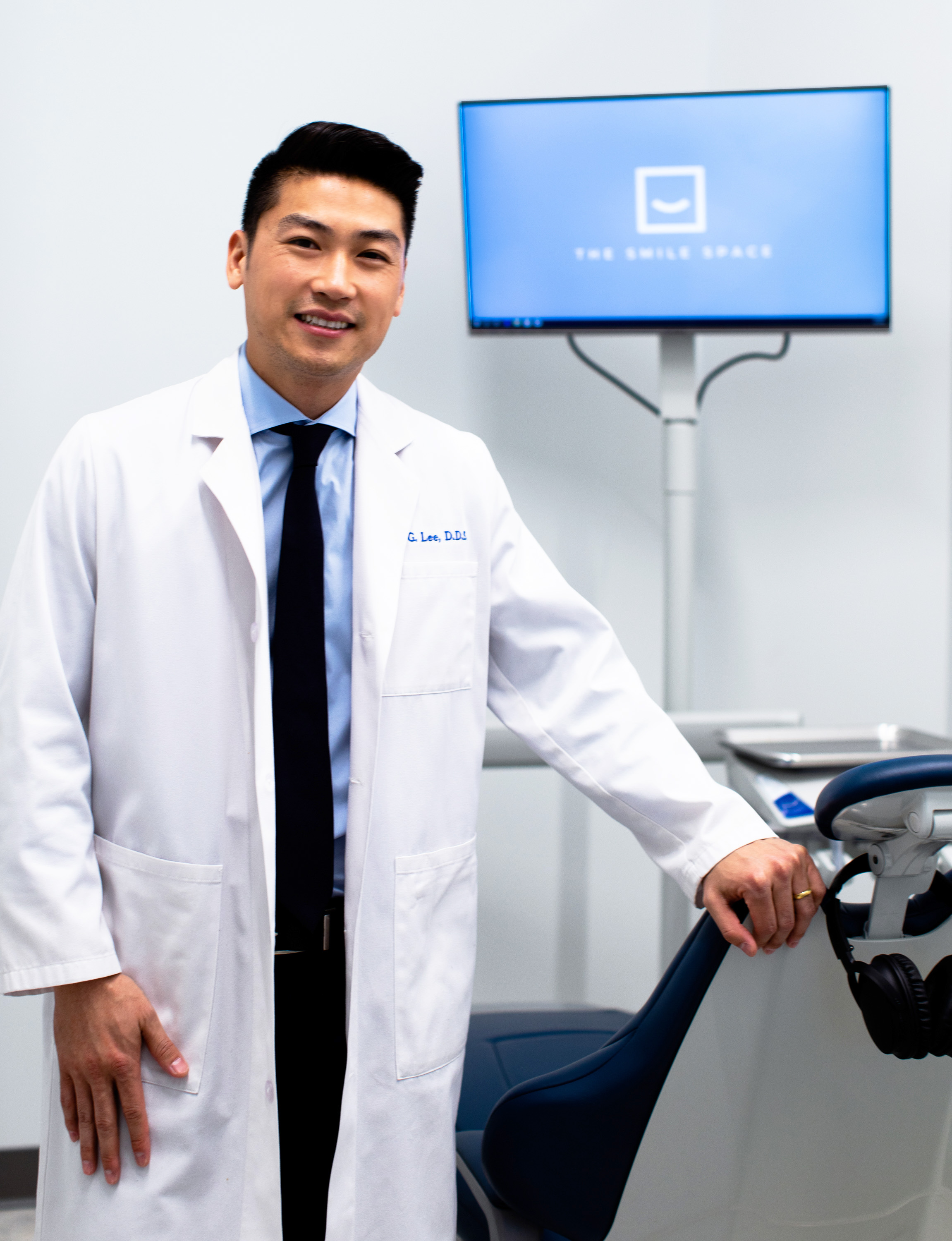 Hi! I'm Dr. Daniel Lee. - I am a Washington native and grew up in the small town of Steilacoom, WA. I attended the University of Washington where I earned a Bachelor of Science degree in Biology. I then went on to receive my Doctorate of Dental Surgery from New York University. Following graduation, I completed a hospital-based General Practice Residency program at Wyckoff Heights Medical Center in Brooklyn, NY, where I was able to further my training in dental implants, oral surgery, root canal therapy, pediatric dentistry, and sedation dentistry. For the past six years, I have been honing my skills as a family and cosmetic dentist in private practices in downtown Manhattan, NY, and more recently in downtown Seattle, WA.As a natural-born perfectionist, I am committed to delivering exceptional results and ensuring the longevity of my patients' oral health. My highest priority is making sure that the needs and comfort of my patients are always met, and my philosophy is to always treat my patients with the same care and compassion as I would for my own family members. I take pride in my ability to properly treat patients with dental phobia and anxiety by exhibiting a calm demeanor and gentle touch. I am a certified Invisalign® provider and routinely take Continuing Education courses in esthetic and reconstructive dentistry. I am also a member of the American Dental Association, Washington State Dental Association, Seattle-King County Dental Society, and Academy of General Dentistry.Since my job requires quite a bit of sitting, I like to stay active when I am not in the office. In my spare time, you can find me snowboarding, playing football, softball, or tennis, or hiking with my wife, Christina, and French bulldog, Muggsy.Book a dental appointment with Dr. Daniel Lee ➝Back to the top ➝