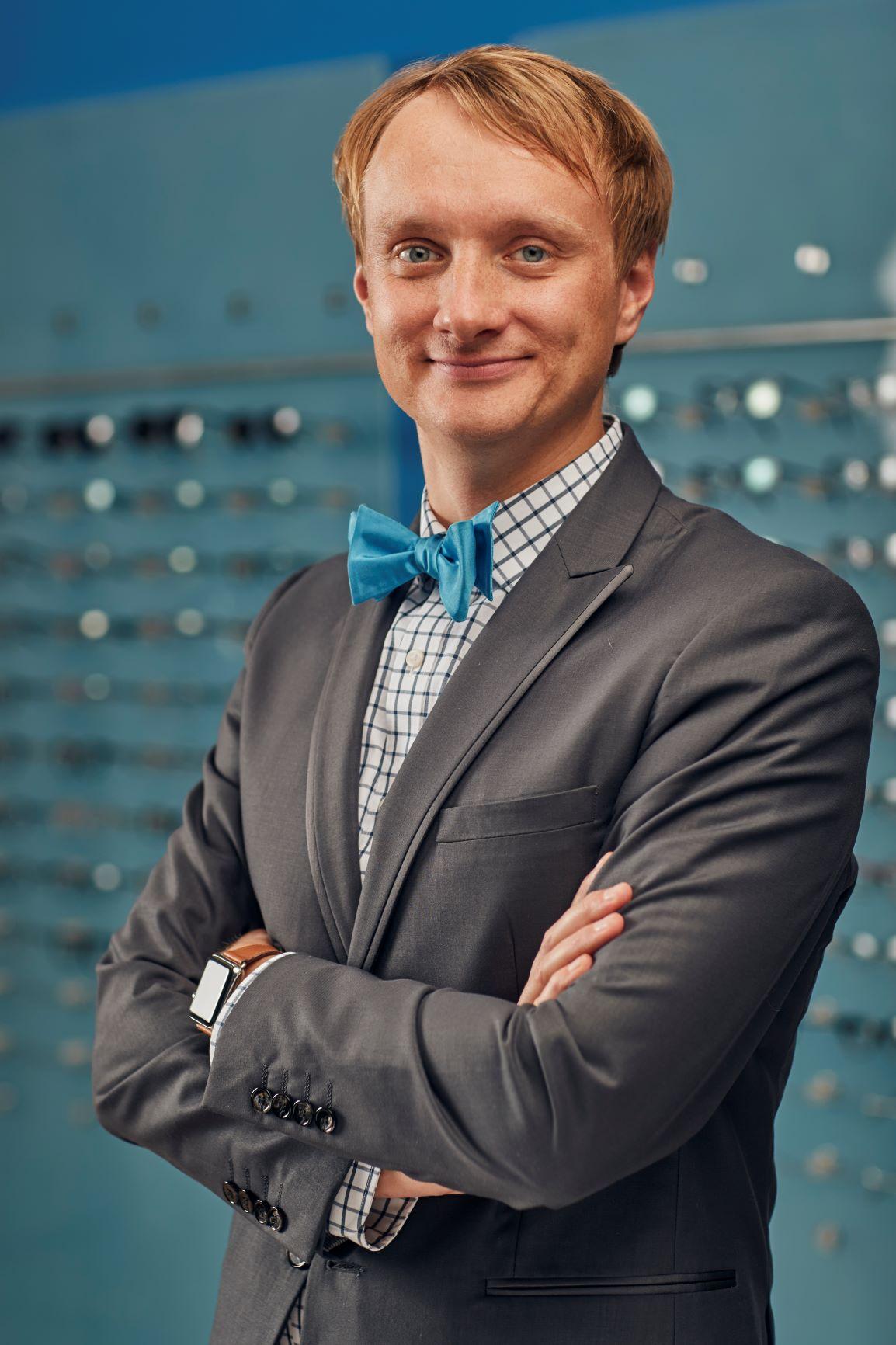 Dr. Vadim Guy