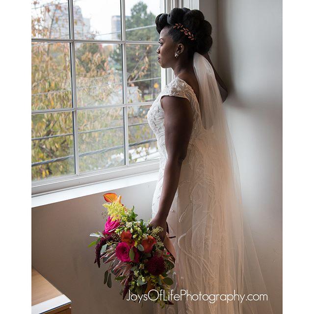 #weddingphotography#portlandweddingphotographer#theknot#wedding#bestweddingphotographer #bridebook #bride #groom#instacool #instawed#married #photographer #photography #weddingphotographer#bestweddingvendors #myweddinggroup#portlandwedding #portlandor#weddinginspiration #weddingplanning #joysoflifephotography #stumptown#joysoflifephoto